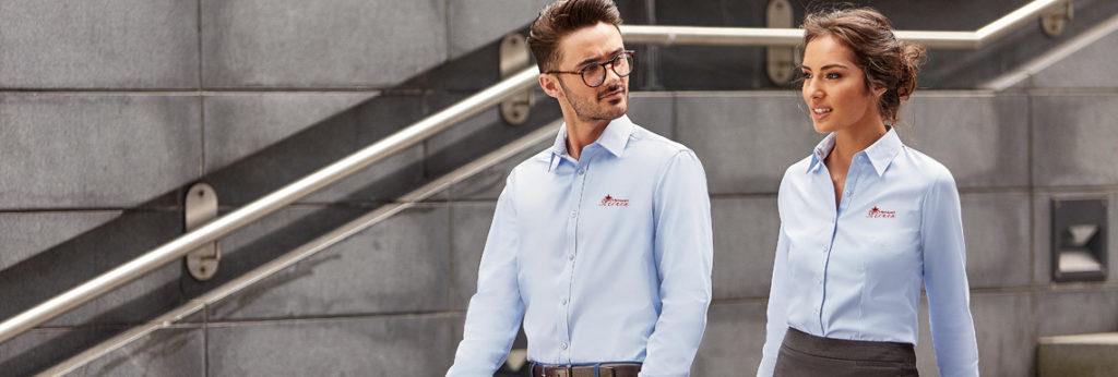 Messebekleidung – hochwertige Business-Hemden und -Blusen für Ihren nächsten Messeauftritt